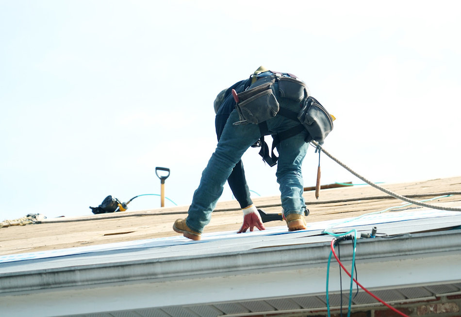 How to Tell When You Need to Call a Roofing Professional