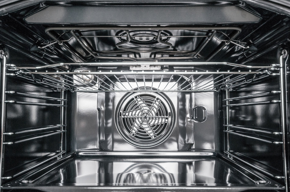 Deep Cleaning the Inside of an Oven